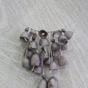 Κολιέ καμπανάκια από κουκούλι