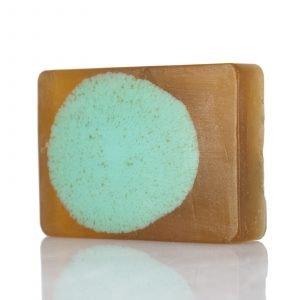 Σαπούνι με ζεόλιθο MED®, μαύρο αφρικάνικο σαπούνι, κανναβέλαιο, βούτυρο καριτέ, λάδι καρύδας και σανδαλόξυλο – Ενυδατικό και αντιφλεγμονώδες
