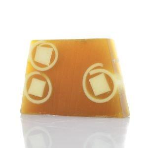 Σαπούνι με ζεόλιθο MED®, σαλιγκάρι, λάδι αργκάν και μαύρη ορχιδέα – Επουλωτική και αντισηπτική δράση (ΑντιγΣαπούνι με ζεόλιθο MED®, πορτοκάλι και γάλα κατσίκας – Αναζωογονητικό – Βοηθά στην παραγωγή κολλαγόνου – 125 γραμμάριαραφή)